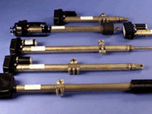 Antrieb für schwere Lasten / Linear / elektrisch / Kugelgewindespindel