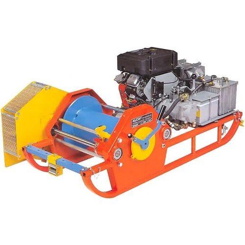 Winde mit Verbrennungsmotor / Schlitten