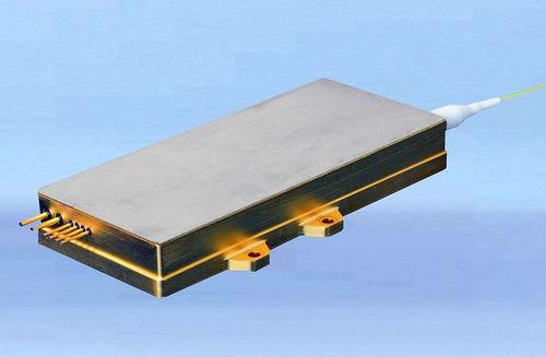 CW-Laserdiode / Faser / Infrarot / mit hoher Helligkeit