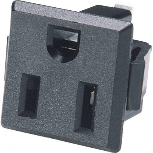 Steckdose und Stecker / Einbau