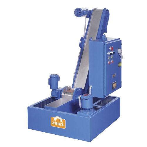 Magnetbandförderer / für die Recyclingindustrie / für Späne / für Teile