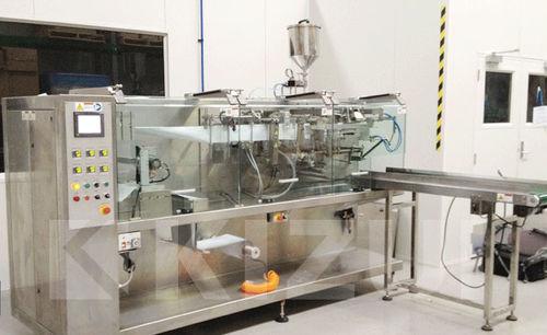 horizontale Absackmaschine / H-FFS / 3-seitig verschweißt / 4-seitig verschweißt