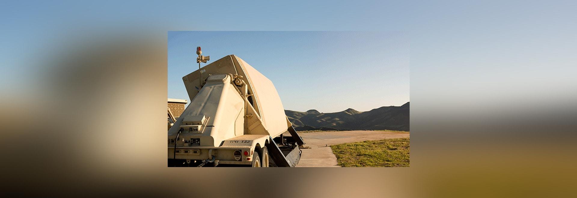 Raytheon hat angefangen, die Maßeinheiten der elektronischen Ausrüstung (EEUs) zu verbessern damit die ballistischen Maßeinheiten des Radars AN/TPY-2 die Spurhaltung der ballistischer Raketen in de...