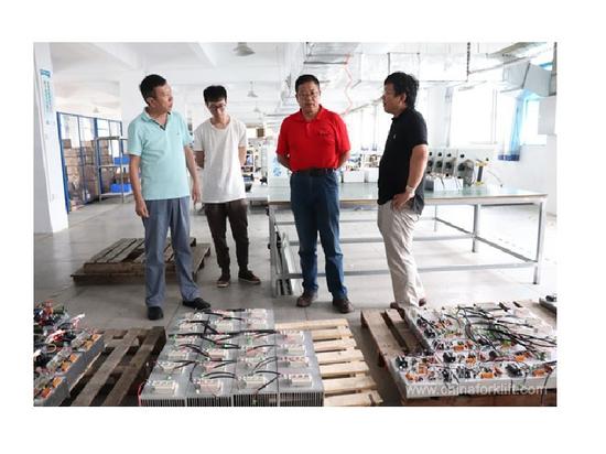 Stellvertretender General Manager von China Forklift Network besuchte unser Werk