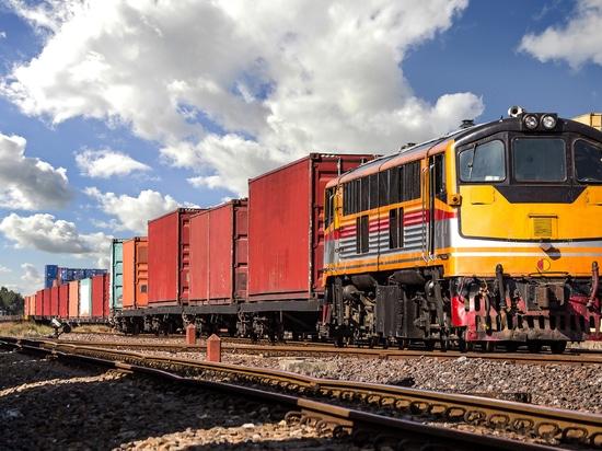 CSX und CN planen die Einführung eines neuen intermodalen Güterverkehrsdienstes in einem Joint Venture