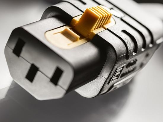 Erste wiederanschliessbare IEC-Gerätesteckdose mit V-Lock