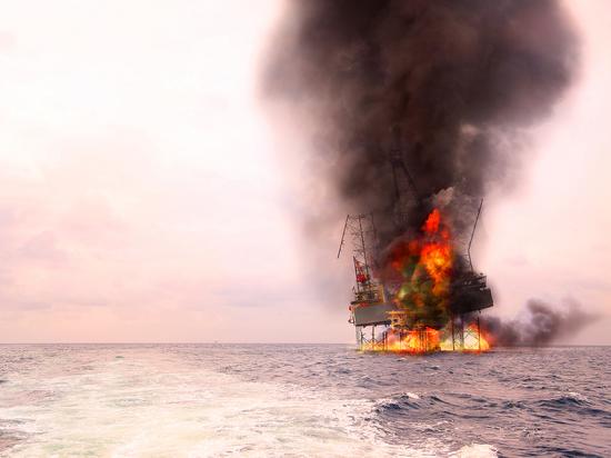 Offshore-Öl- und Bohrinselkonstruktion beschädigt