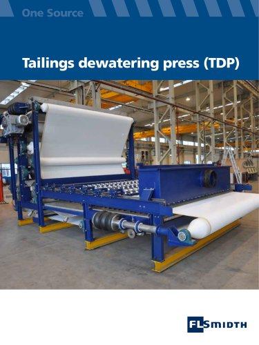 Tailings dewatering press